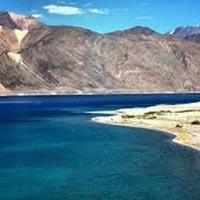 Ladakh Honeymoon Package - Khardong La - Hight Motorable Road - Pangong - Moonland - Tsomoriri Lake - Nubra Valley - Changthang