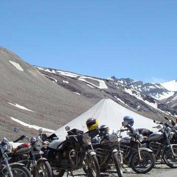 Trip on Bike Srinagar to Leh  (one way trip)