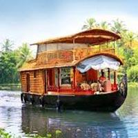 Kerala Honeymoon Package with 3* Hotels