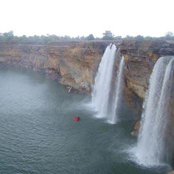 Chitrakoot - Maihar - Khajuraho Tour