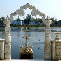 Rajgir Nalanda Pawapuri Bodhgaya Tour