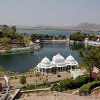 Udaipur-Mount Abu Honeymoon Package