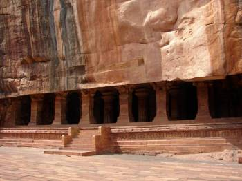 Captivating Karnataka Heritage Tour