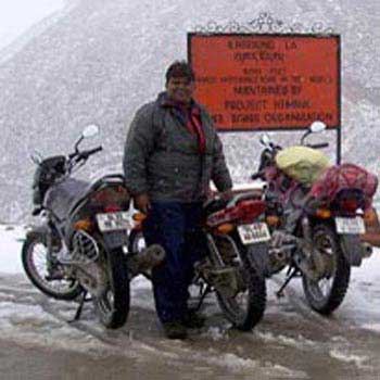Kashmir-Ladakh Overland Tour