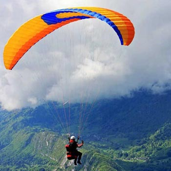 Paragliding in Bir Billing Tour