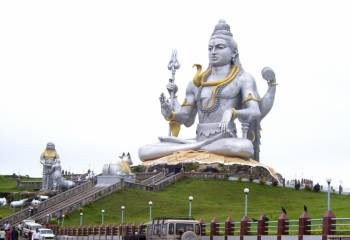 Murudeshwar Temple : The Abode of Shiva Tour