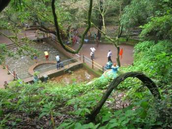 Amboli Waterfall and Hiranyakeshi Temple Tour