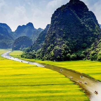 Short Breaks to Vietnam Tour