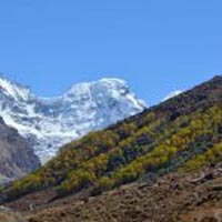 Hampta Pass Trek Package