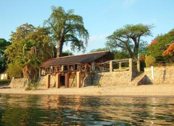 7 Days Bushmen Experience & Lake Malawi Tour