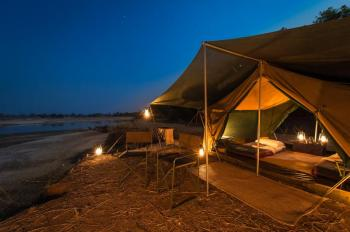 5 Days Explore South Luangwa Bush Camping Tour