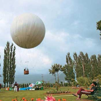 Kashmir Honeymoon Tour 5 Nights / 6 Days