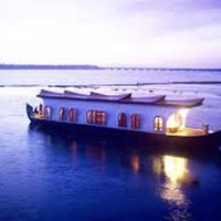 Enthralling Kerala 9 Days / 8 Nights Package