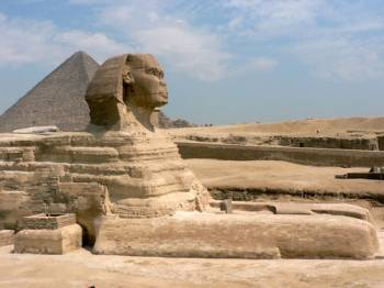Great Pyramids in Giza, Cairo Egypt Sightseeing Package