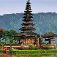 Beautiful Indonesia Tour