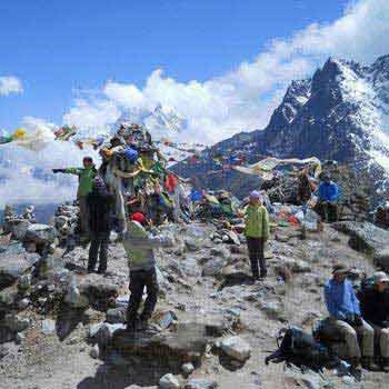 Lakhamandal Trekking Package
