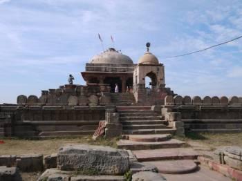 Delhi - Step Well Abhaneri - Delhi Tour