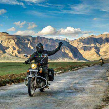 Leh Ladakh Tour Package By Road