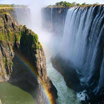 Kruger - Cape - Victoria Falls Southern Africa Highlights Tour