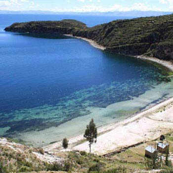 Best Of Bolivia: Sucre - Salt Flats - Lake Titicaca Tour