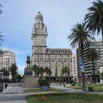 Uruguay Highlights - Montevideo And Colonia Tour