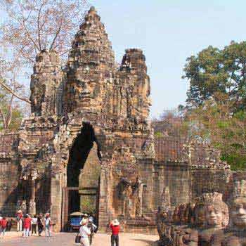 Phnom Penh – Preah Sihanouk – Siem Reap 10D Tou