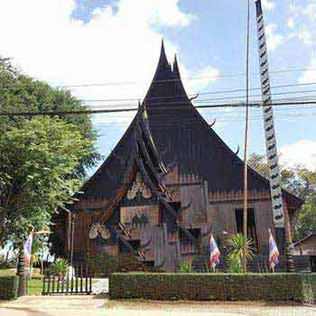 1 Day Chiang Rai Black Museum and White Temple Tour