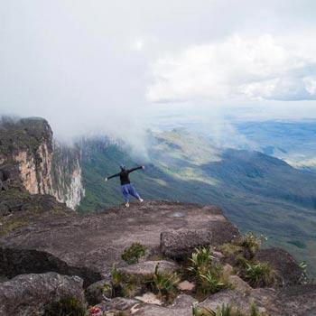 Mount Roraima Trekking Tour Package