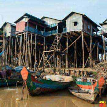 Kampong Pluk Floating Village Tours