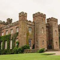 Scone Palace, Castles, Whisky and Glens Tour