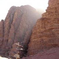 Trekking in Wadi Rum Tour