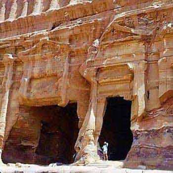 Petra & Wadi Rum Tour from Tel Aviv 3-day Tour Package