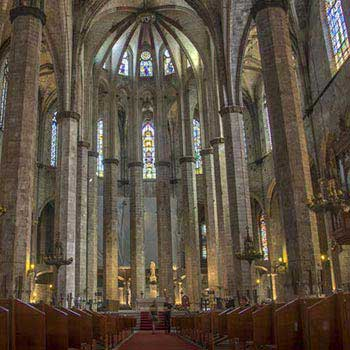 Historical Tour of Barcelona Package