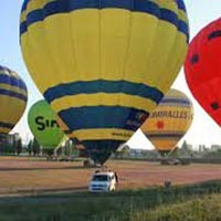 Hot Air Balloon Ride from Barcelona Package