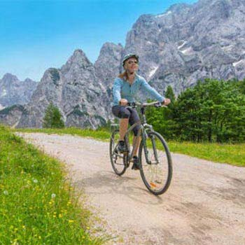 Easy Cycling Day Trip in Kranjska Gora & Tamar Package