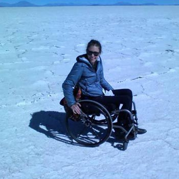 Shared Tour in 4wd Car Uyuni Salt Flat – Deserts – Lagoons Tour