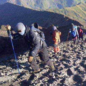 3 Days Rinjani Trekking To Summit Package