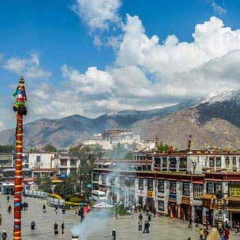 Trip to Holy City Lhasa Tour