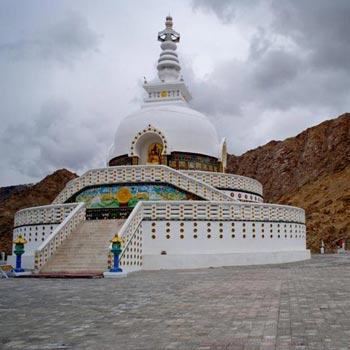 Explore Leh Ladkha Tour