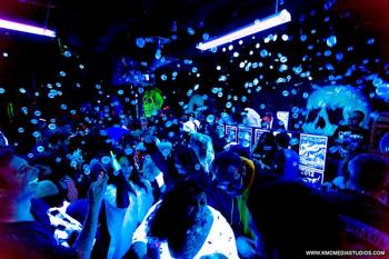 Uv Paint Party – Club Ice Package