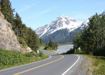 Transfer Whittier to Anchorage with Scenic Tour Package