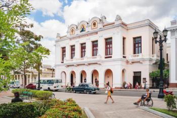 Serious Walking Tour of Cienfuegos