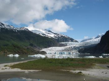 Mendenhall Lake Kayaking & Salmon Bake Package