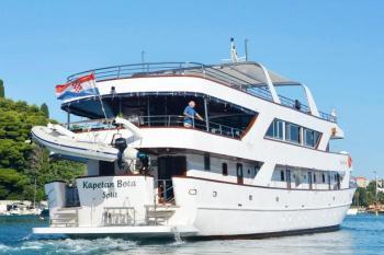 Sail Croatia Split Return Cruise Package