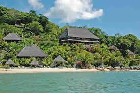 Rainforest and Nosy Saba Private Island Package