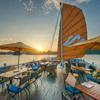 SUNSET COCKTAIL AND DINNER ON EMPEROR NHA TRANG CRUISE PACKAGE