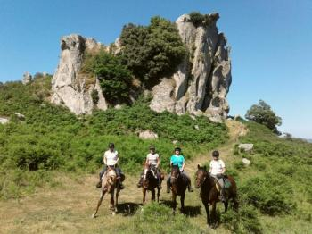 Horseback Riding - Hidden Chalk Lake Discovery