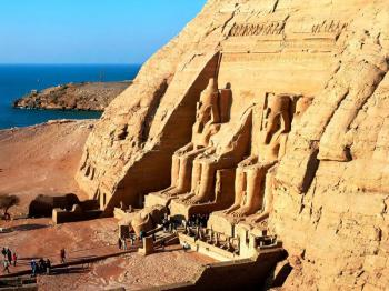 Abu Simbel by Flight from Aswan Tour