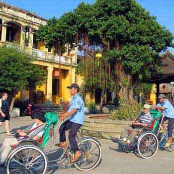 Hoi An Bike & Bite Tour Package