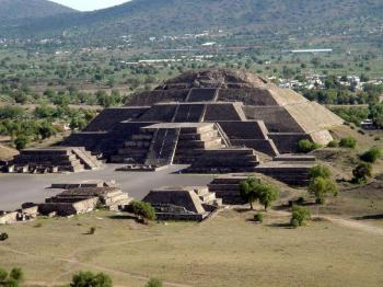City Tour with Pyramids of Teotihuacan